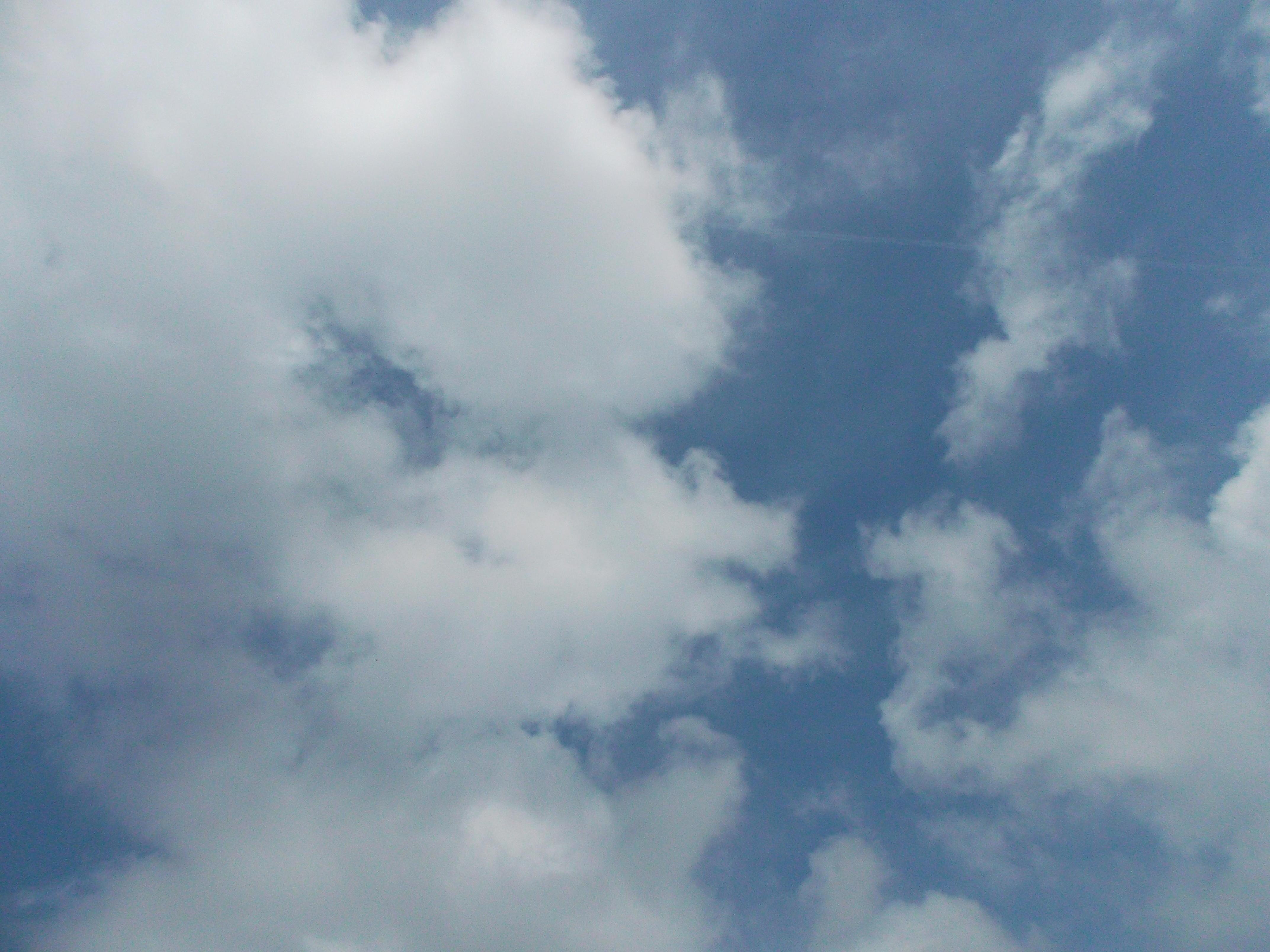 2013-04-07 Longitude -0.371 Latitude 49.182 Altitude 29 Heure 12h28